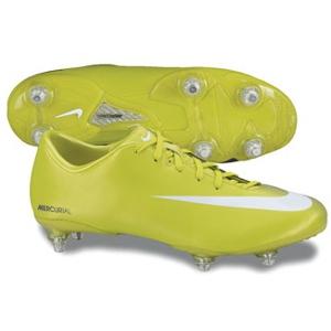 scarpe nike calcio tacchetti in ferro
