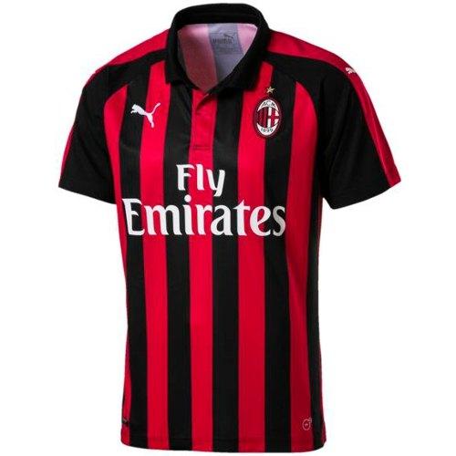 completo calcio AC Milan merchandising